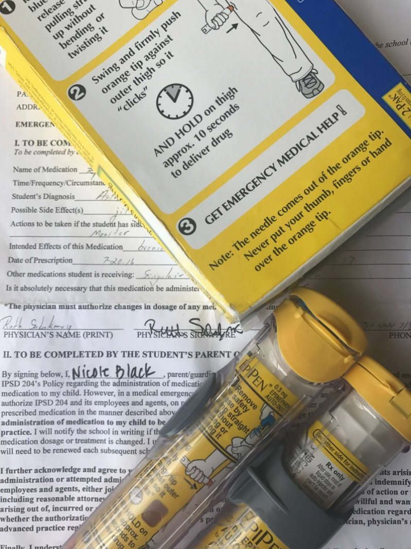 Do you have an allergy action plan and epi pens at school for your food allergy kid? www.coffeeandcarpool.com