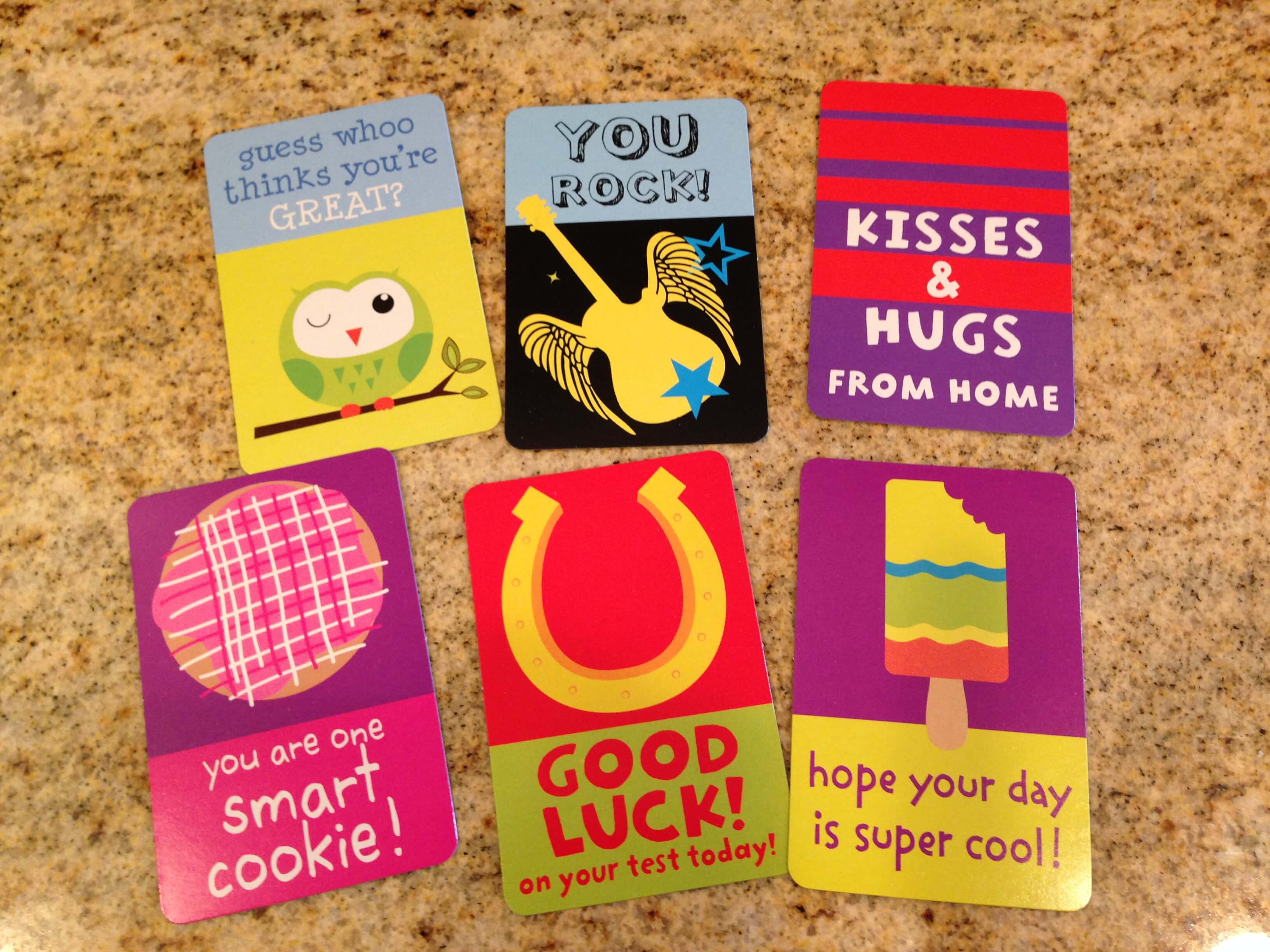 Little Love Notes shoved in your kids' lunches let them know how much you love them. www.coffeeandcarpool.com