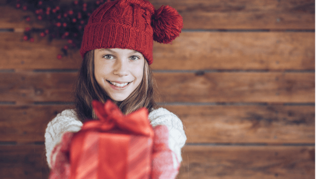 How to Help Kids Focus on Giving This Christmas
