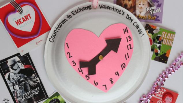 Valentine's Day Countdown Craft to get kids excited about Valentine's Day #valentinesday #valentinesdaycraft #valentinesdayidea