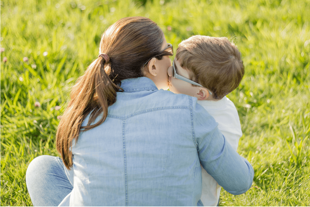 Connecting with our kids is a simple way to utilize positive parenting techniques. #positiveparenting #peacefulparenting #parentingadvice #connectwithkids