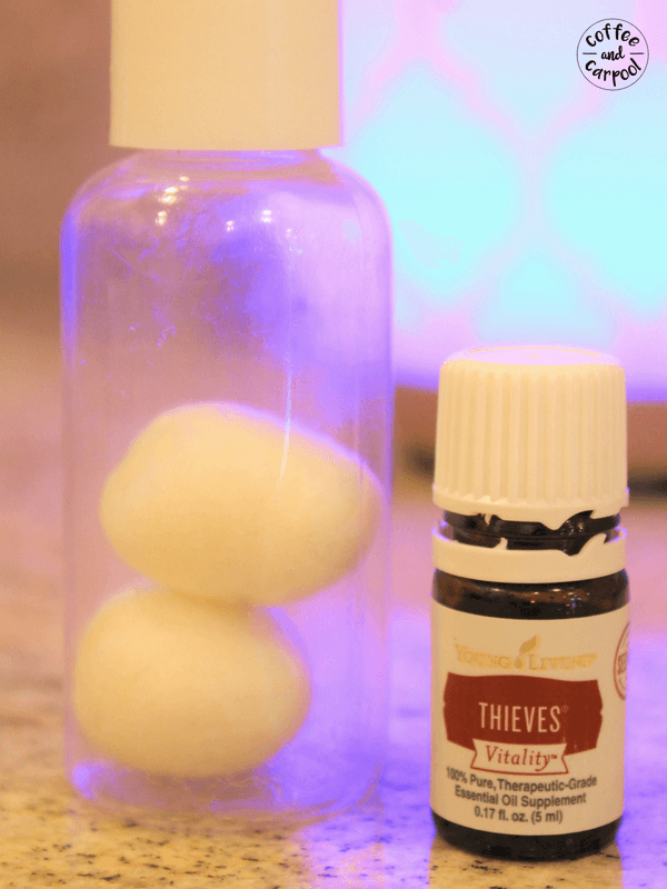 Thieves oil hack for kids backpacks to help fight of colds and flu germs. #backtoschooltips #backtoschoolhacks #oilmama #oiltips #thievesoil #thieves #immunity booster