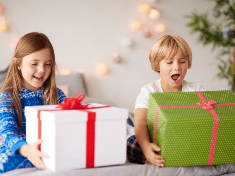 It's hard to pick out a just right gift for kids. But these are the very best kids' gifts #holidaygifts #giftsforkids #giftguides #giftideas #giftideasforkids #holidaygiftsforkids #birthdaygifts #kidswishlists #bestkidsgifts