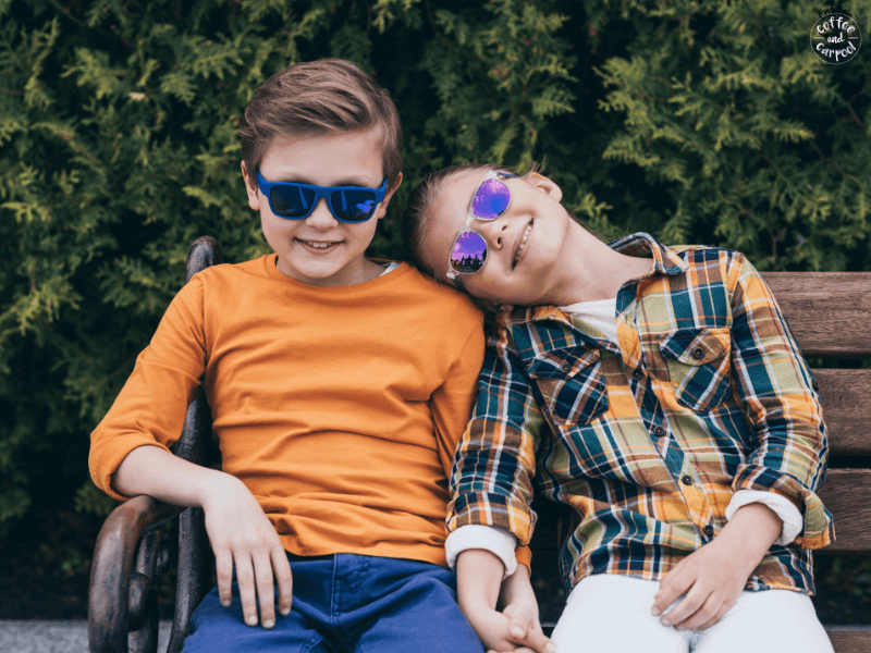 Teach our kids to be kinder to their siblings with these 8 tips to help brothers and sister show each other kindness #kindness #kindkids #kinderkids #brothersandsisters #raisingkinderkids #raisingkindkids #parentingsiblings #siblingrelationships #kindkids