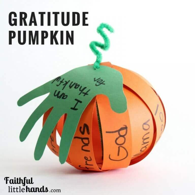 Gratitude paper pumpkin for Thanksgiving
