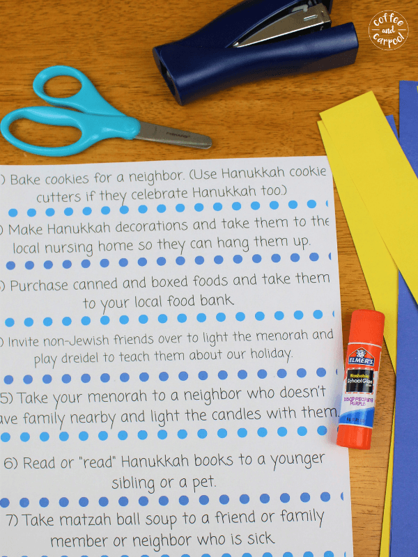 Materials needed for Hanukkah Kindness Activities #Jewishcrafts #Hanukkahprojects