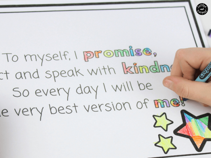 Kindness Promise for kids to help them remember to act and speak with kindness even when they don't feel like it. #kindnesspromise #raisekindkids