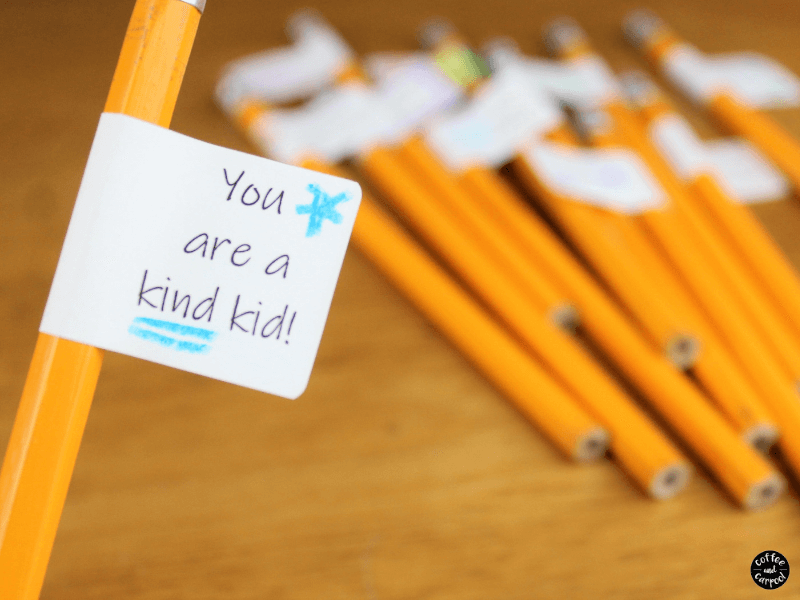 These back to school crafts are perfect as kindness activities for kids to encourage kindness. These are great kindness crafts for school and kindness crafts for kids. #spreadkindness #kindenss #backtoschool #backtoschoolcrafts #kindnesscrafts #coffeeandcarpool