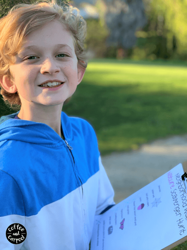9 free printable neighborhood scavenger hunts for family walks around the neighborhood to have more fun #familywalks #scavengerhunts #scavengerhuntprintables #familytime #familywalks #neighborhoodtime
