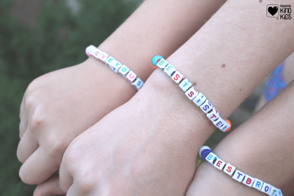 Build up your kids' sibling relationships and help curb sibling rivalry with these sibling crafts for kids they can make together or give as a gift. Sibling activities can be fun when they do them together for sibling goals #siblingrelationships #siblingrivalry #siblinggoals #siblings #raisingkindsiblings